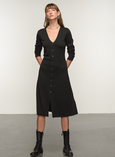 NGSTYLE NGSTYLE Kadın V Yaka Düğme Detaylı Örme Elbise Siyah